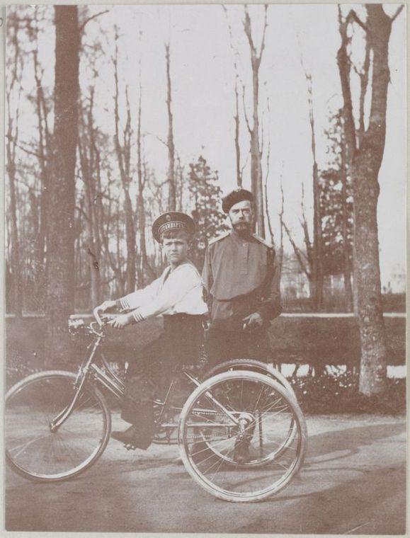 Николай II и наследник Алексей